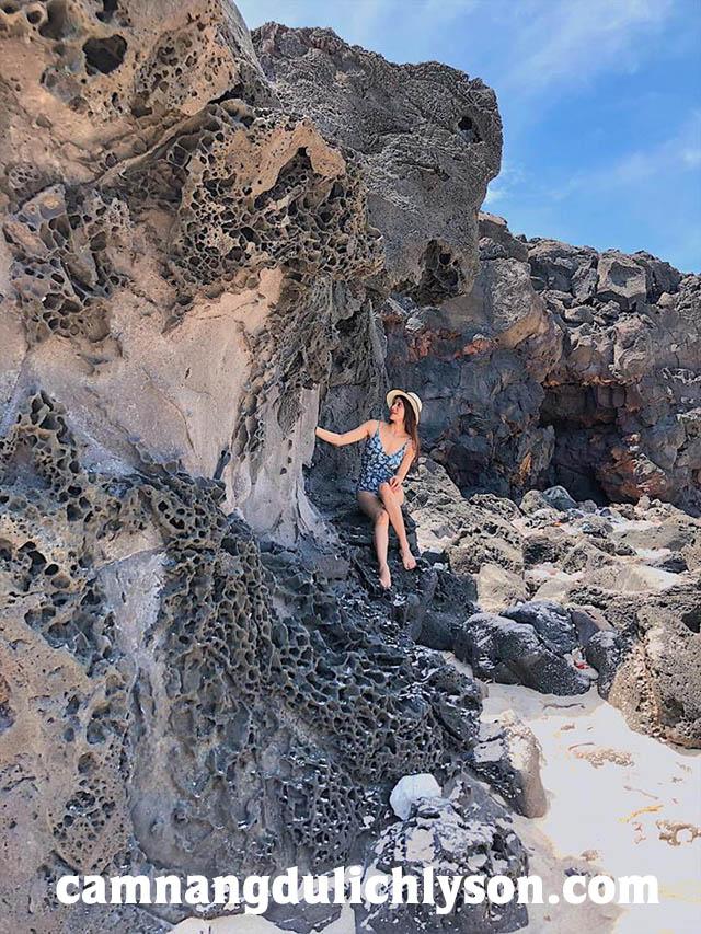 Chụp ảnh ở Đảo Bé