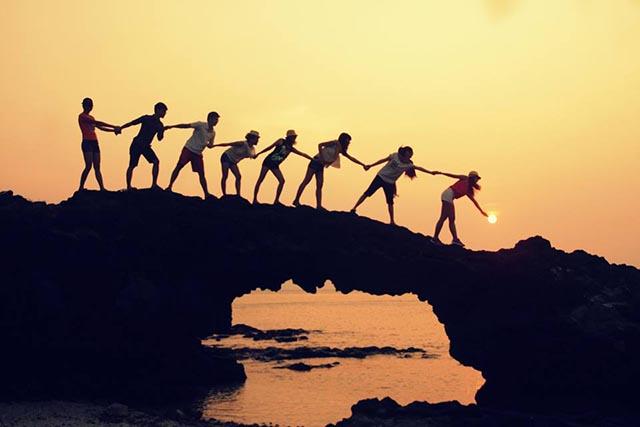 Khoảng khắc sáng tạo với bạn bè cùng Cổng Thiên Đường