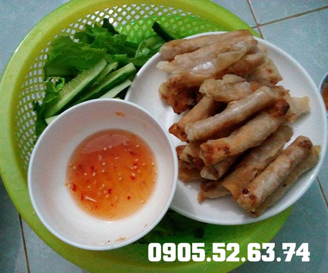 Món ram chả cá Lý Sơn