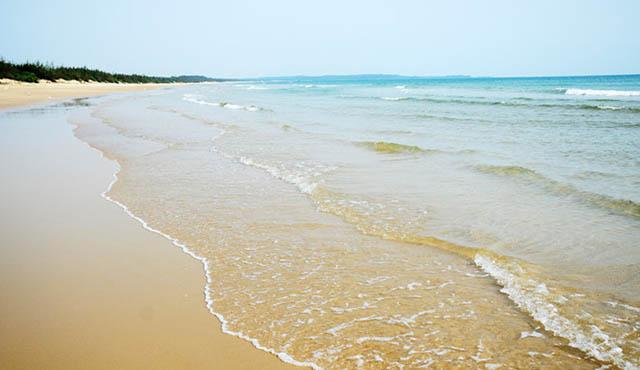 Bải biển ở Châu Tân
