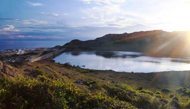 Hồ thới lới ở Lý Sơn
