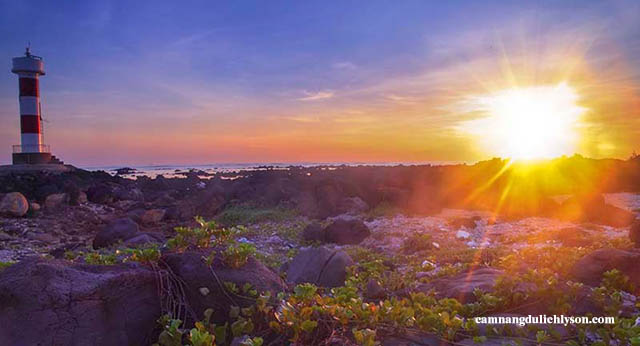 Hòn Mù Cu địa điểm đầu tiên đón ngày mới ở Đảo Lý Sơn