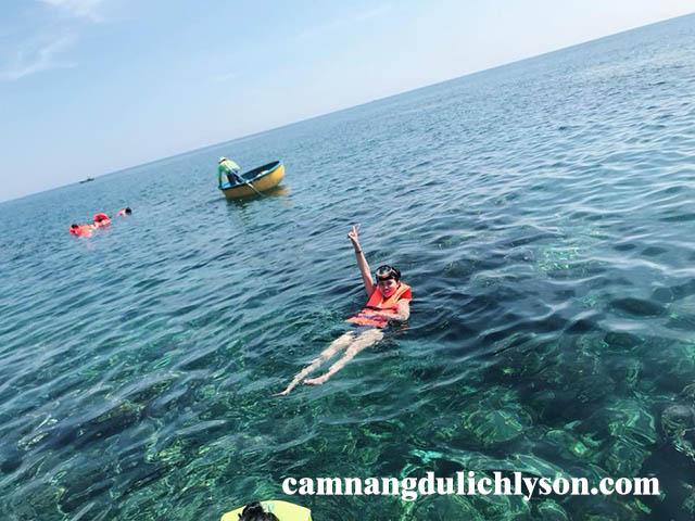 Lặn đảo san hô ở Lý Sơn