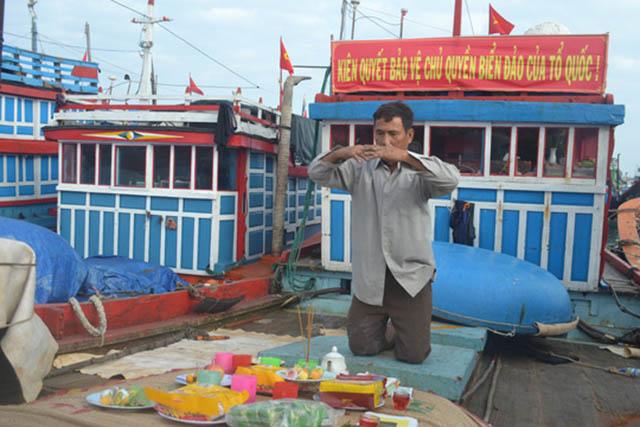 Mở cửa biển đầu xuân ở Lý Sơn