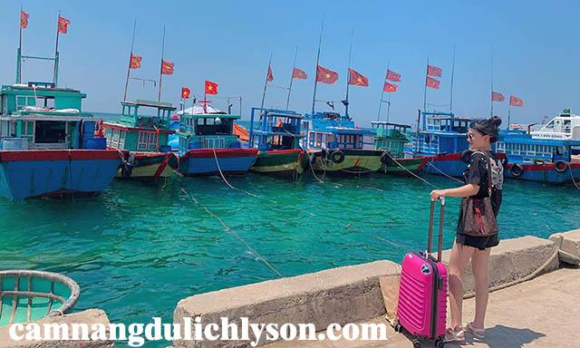Bến tàu Cảng Lý Sơn