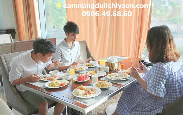 Ăn sáng Mường Thanh
