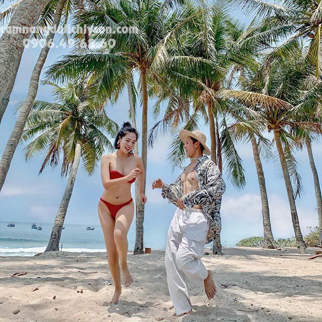 Check-in hàng dừa xanh biết tại Đảo Bé
