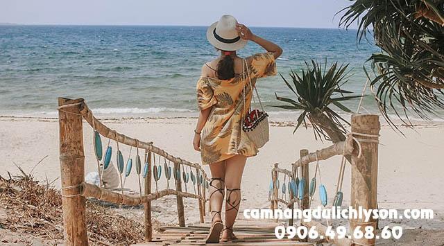 Con đương thơ mộng ra biển tại Homestay ở Đảo Bé