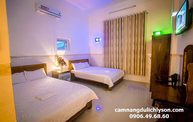 Phòng đôi khách sạn Hiệp Sĩ Lý Sơn