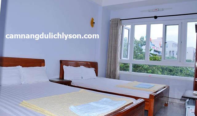 Phòng ngủ nhà nghỉ Thủy Thạch