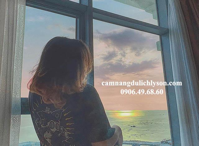 Ngắm biển tại Mường Thanh Lý Sơn