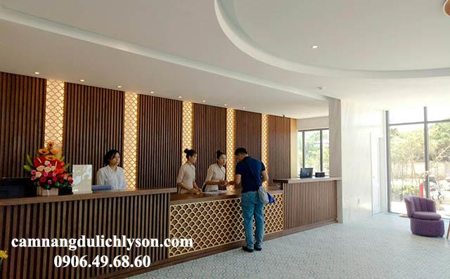 Quầy lễ tân khách sạn Đảo Ngọc Lý Sơn
