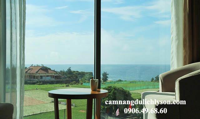 View phòng đẹp như tranh vẽ từ khách sạn Mường Thanh tại Lý Sơn