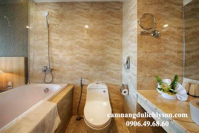 WC khách sạn Mường Thanh