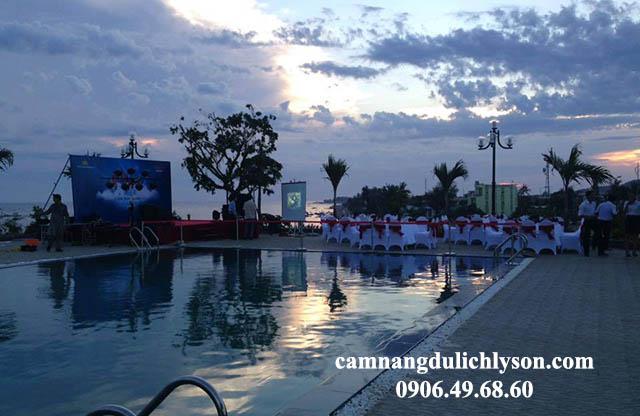 Tổ chức Gala Dinner tại hồ bơi khách sạn Mường Thanh Lý Sơn