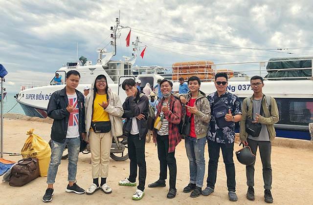 Du lịch Lý Sơn tết cùng bạn bè