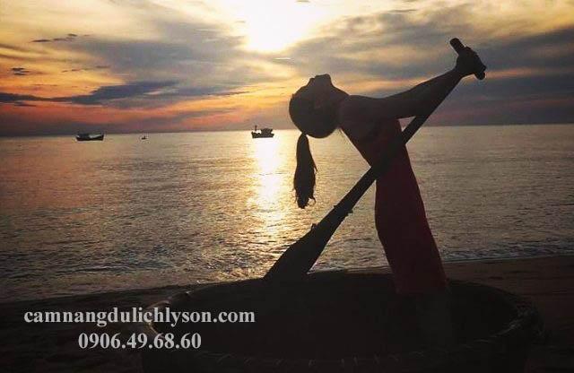 Bình minh trên bãi biển Sa Huỳnh